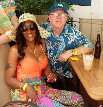 Stanley and Loren Toelle. (AP)