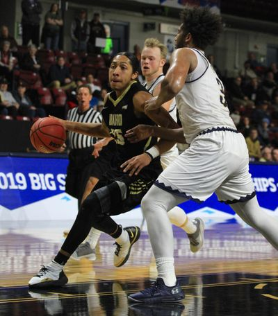 Idaho's Trevon Allen  drives against Montana State's Tyler Hall on Wednesday in a Big Sky Conference Tourament first-round game at CenturyLink Arena in Boise. (Courtesy / Skyline Sports)
