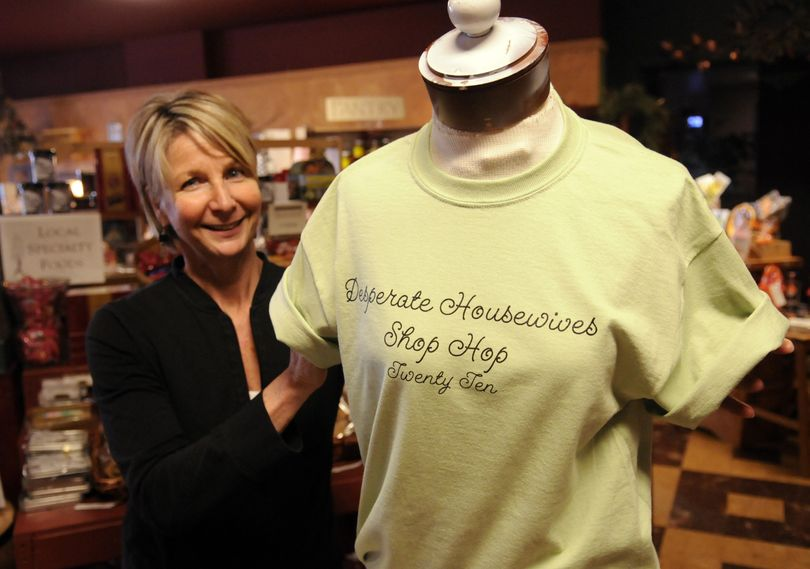 Simply Northwest owner De Scott will offer free T-shirts today.bartr@spokesman.com (J. BART RAYNIAK)