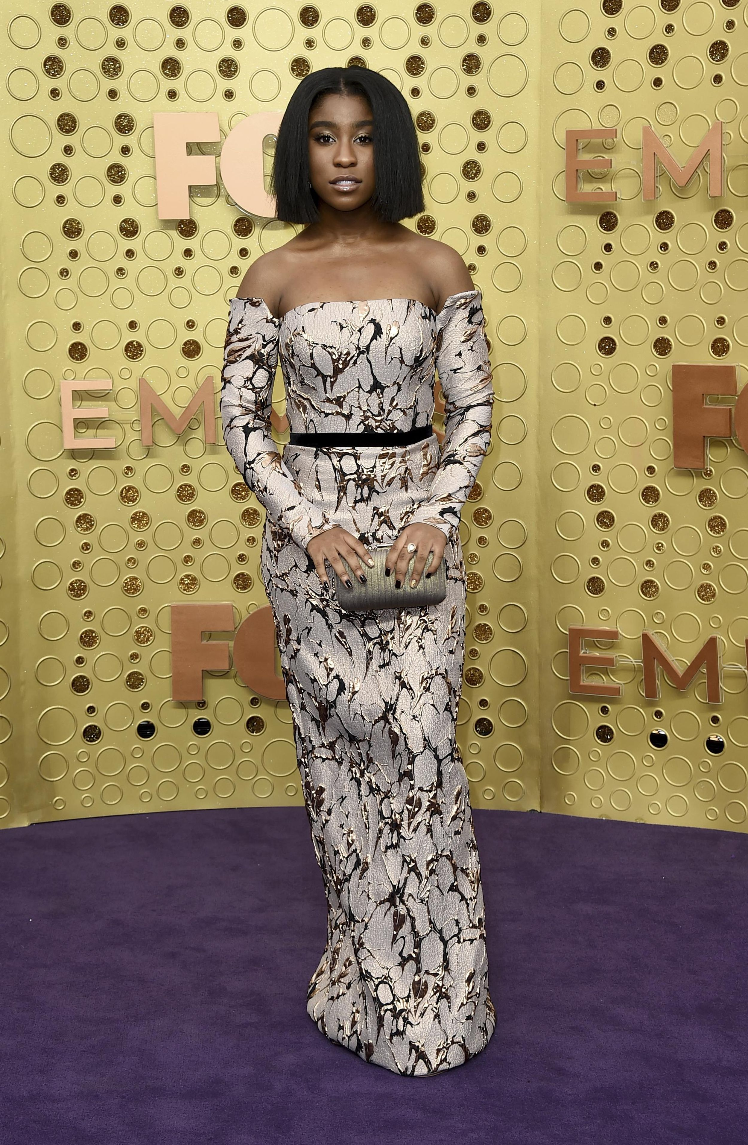 Pink And Red Combos Hollywood Gold On The Emmys Carpet The Spokesman Review