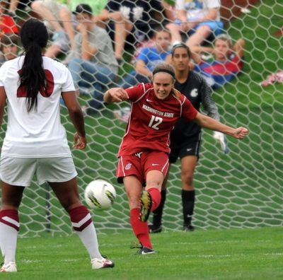 WSU defender Ali Fenter will make her 85th straight start for the Cougars on Saturday when they take on Kentucky in the NCAA tournament. (WSU photo)