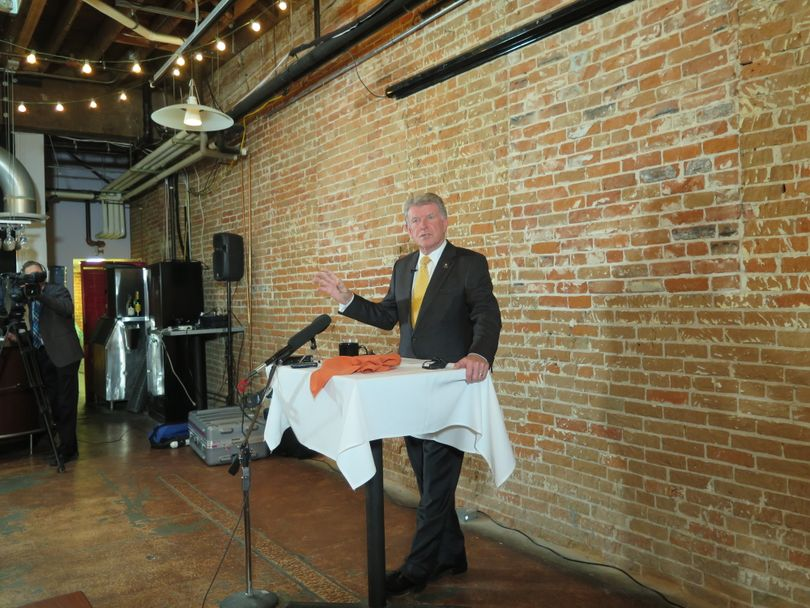 Idaho Gov. Butch Otter addresses the Idaho Press Club on Thursday, Feb. 15, 2018, at