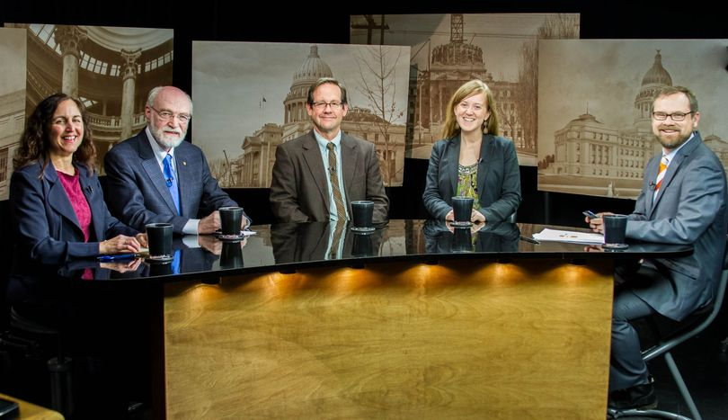 From left, Betsy Russell, Jim Weatherby, Dan Popkey, Melissa Davlin and host Greg Hahn on