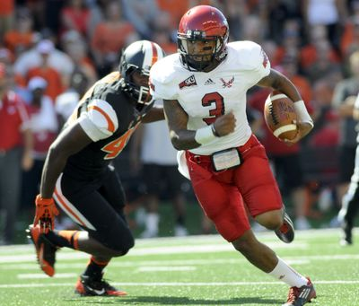 Injured Eastern QB Vernon Adams may be ready to return for Eagles. (Associated Press)