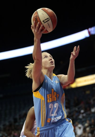Former Gonzaga standout Courtney Vandersloot missed 17 games with a knee injury. (Associated Press)