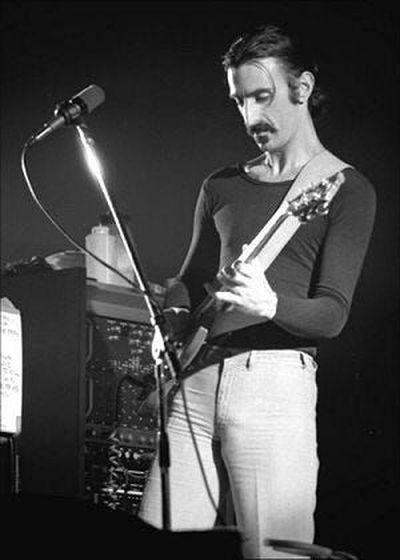Frank Zappa live on Jan. 16, 1977, at the Ekeberghallen in Oslo, Norway.  (Helge Øverås)