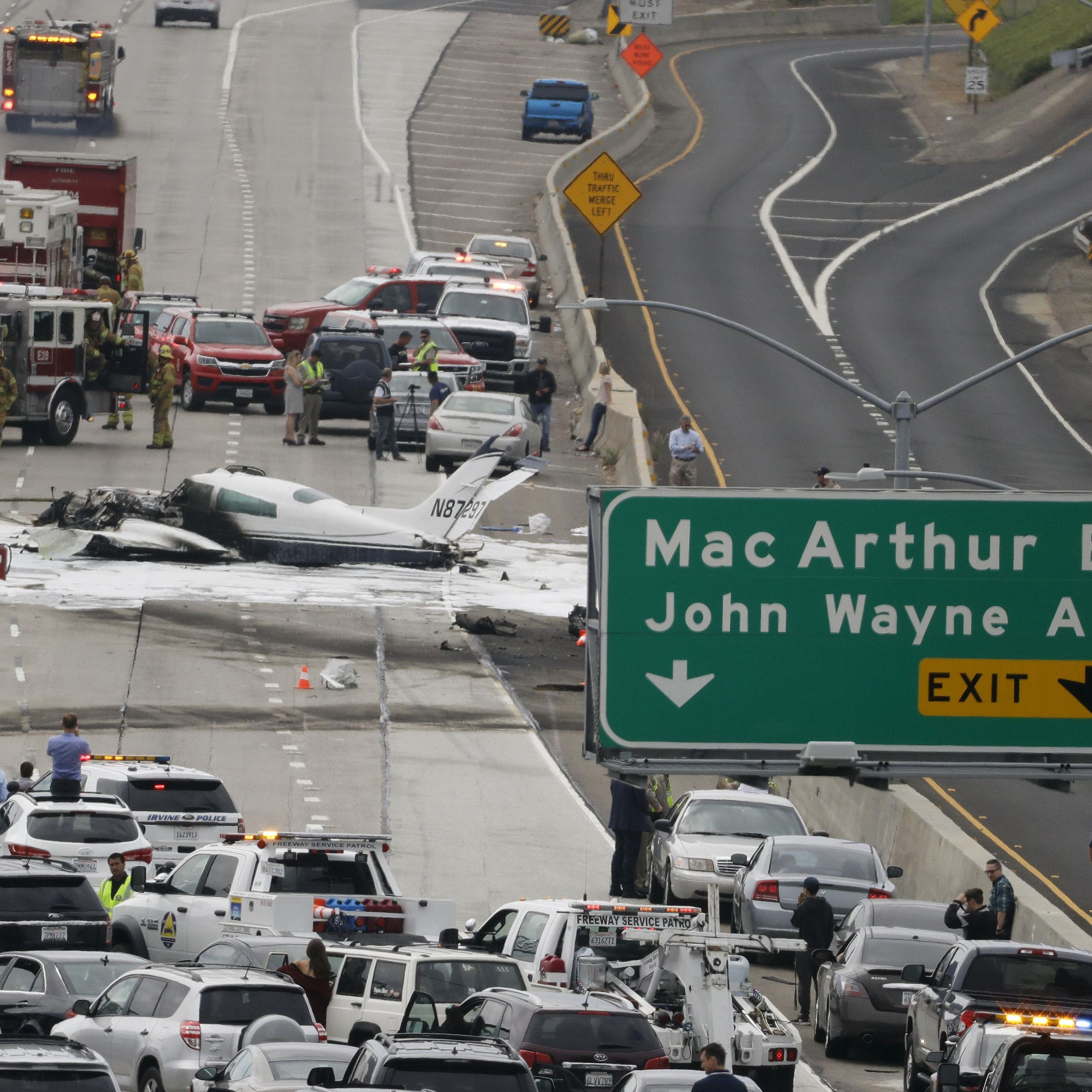 Pilot Says Hey We Got A Mayday Then Crashes On Freeway The Spokesman Review