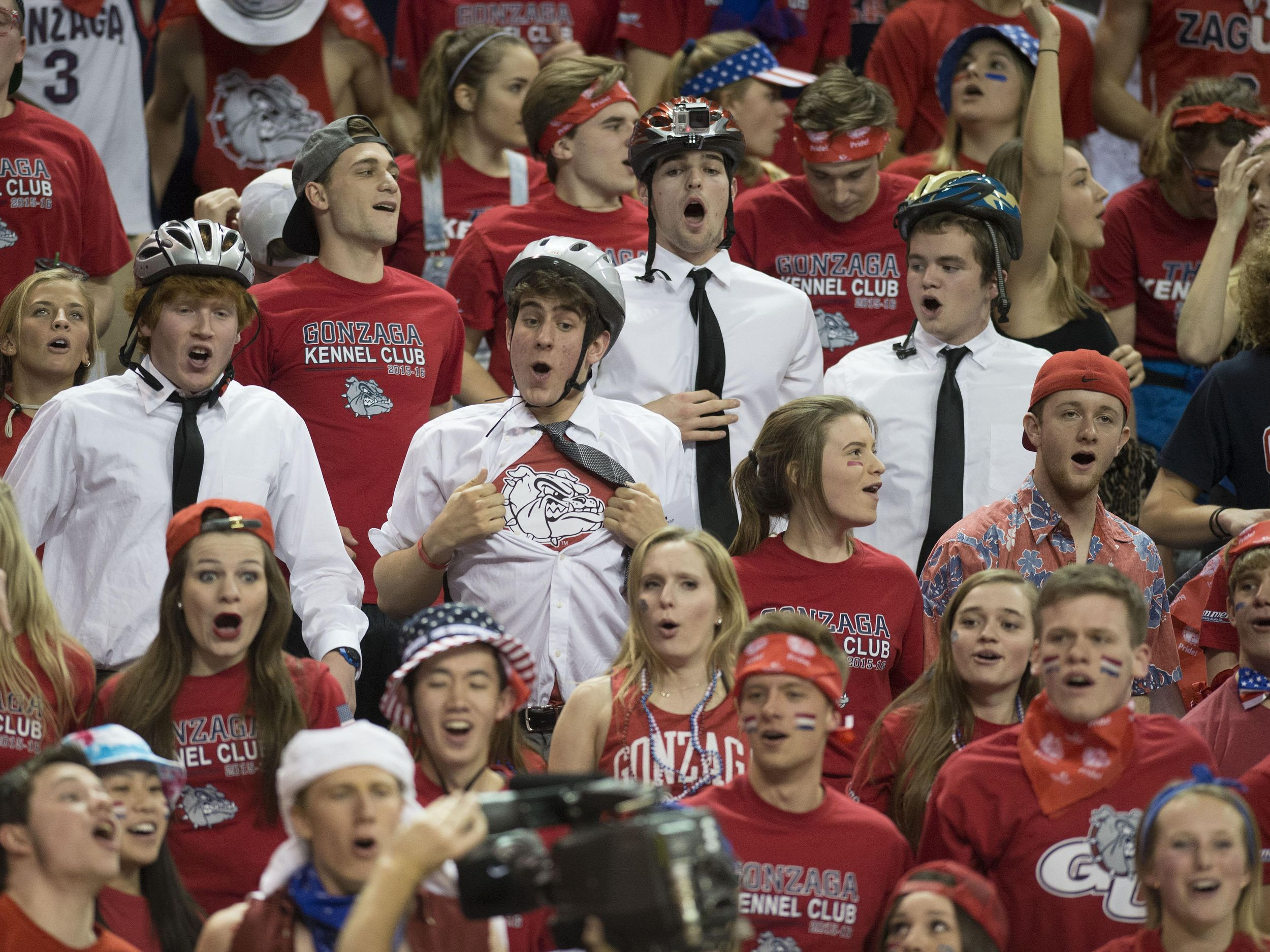 Gonzaga student section mostly follows call for costume change ...