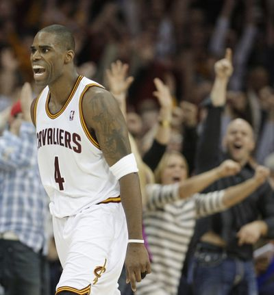 Antawn Jamison scored 35 points on Friday night to help the Cleveland Cavaliers end a record 26-game NBA losing streak. (Associated Press)