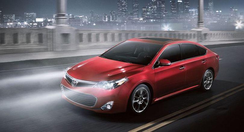 2016 Avalon Hybrid (Courtesy Toyota )