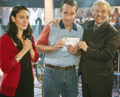"""Sian Clifford, Matthew Macfadyen and Michael Sheen star in AMC's new series """"Quiz,"""" which looks at the controversy that occurred when Ingram won the prize on """"Who Wants to Be a Milliionaire?"""" and was accused of cheating. The show premieres on Sunday. (AMC/ITV)"""